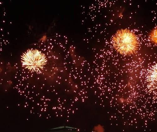 Prefeitura abre licitação para compra de fogos de artifícios, mas vereadores aprovam proibição
