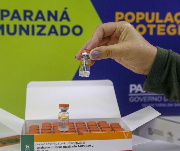 Covid-19: É falso calendário de vacinação de março que viralizou em Maringá