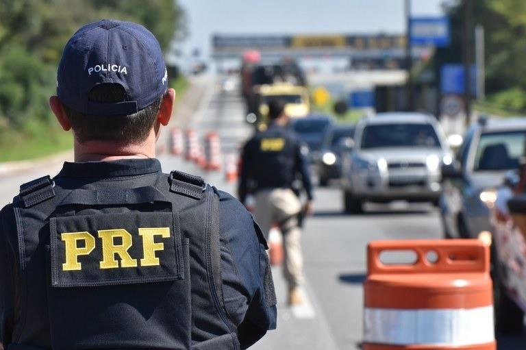 Estradas federais do Paraná registram 50% menos mortes