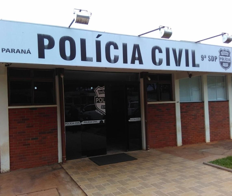 Polícia prende homens acusados de roubo de carro