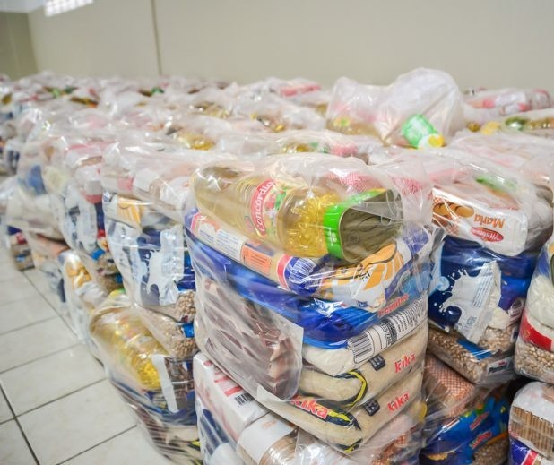 Prefeitura compra seis mil cestas básicas para distribuir a famílias