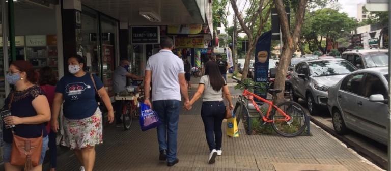 Funcionários do comércio em Maringá terão reajuste salarial de 2,5%