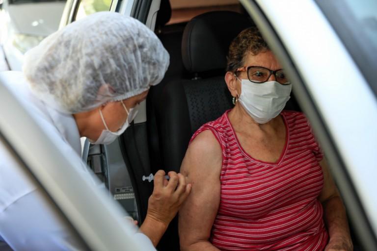 Maringá: Veja quem será vacinado contra Covid-19 neste sábado (27) e no domingo (28)