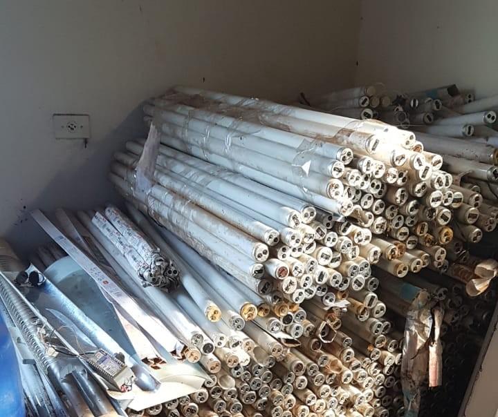 Prefeitura faz coleta às pressas de lâmpadas para mutirão da Reciclus