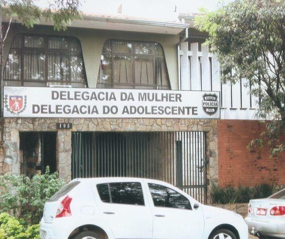 Prefeitura afasta professor de natação suspeito de molestar aluna