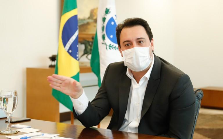 Governador Ratinho Júnior afirma que é possível vacinar todos os paranaenses na primeira dose