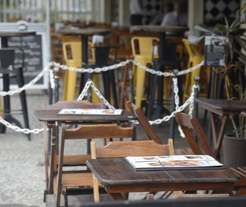 Bares e restaurantes esperavam mais do novo decreto em Maringá