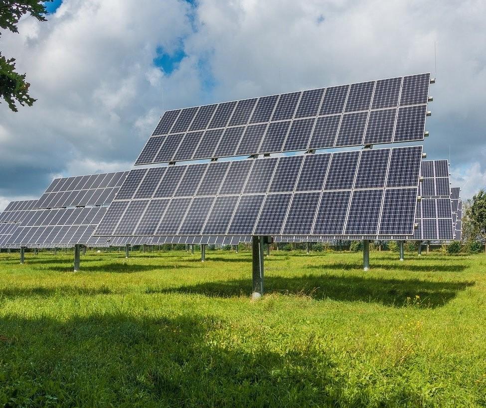 Com energia mais cara, dispara a procura por sistemas de placas solares