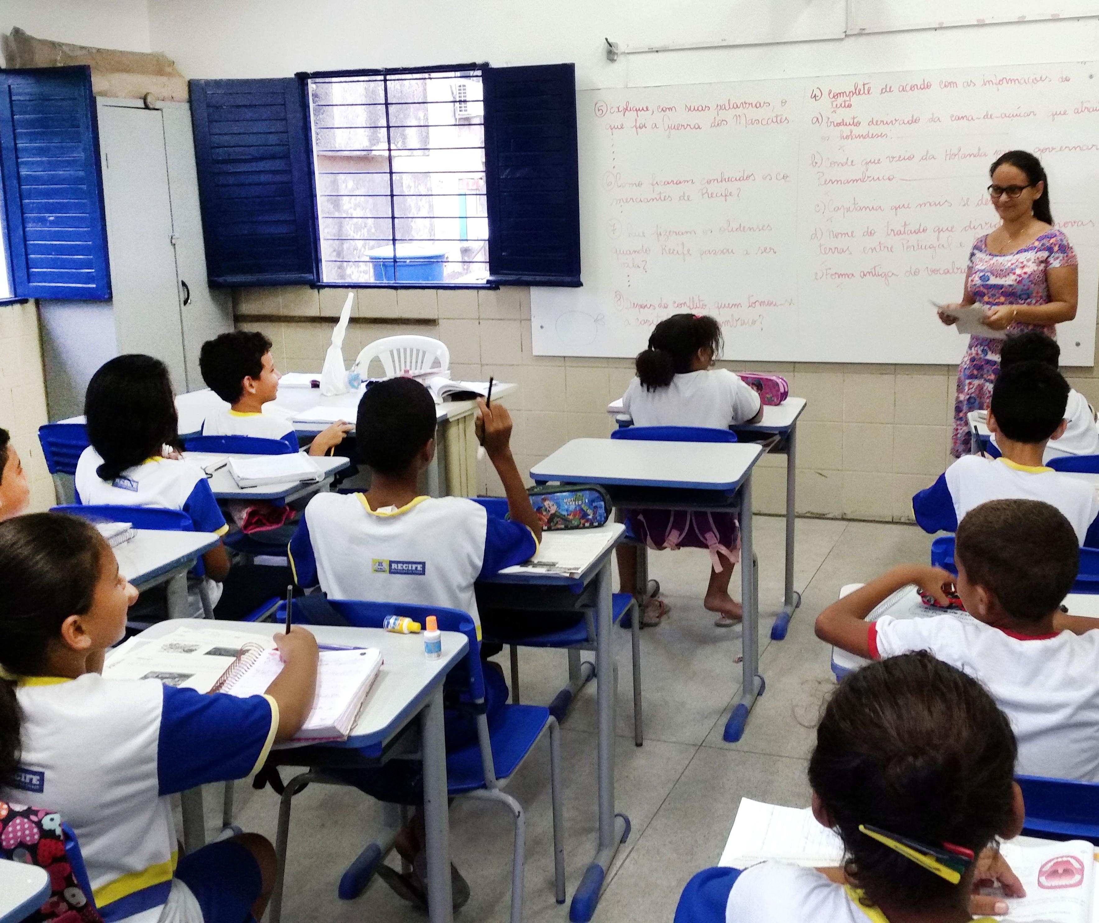 Matrículas na rede estadual de ensino começam nessa terça-feira (24)