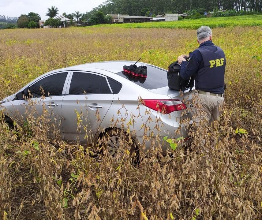 Com mandado de prisão por sequestro de gerente de banco, motorista foge de abordagem da PRF, mas acaba preso