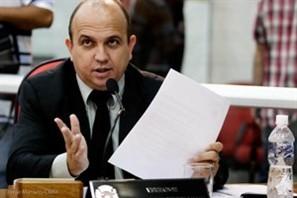 Vereador apresenta estudo para defender aumento no número de vereadores