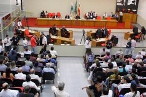 Votação do projeto que definirá o número de vereadores para a próxima legislatura segue tranquila