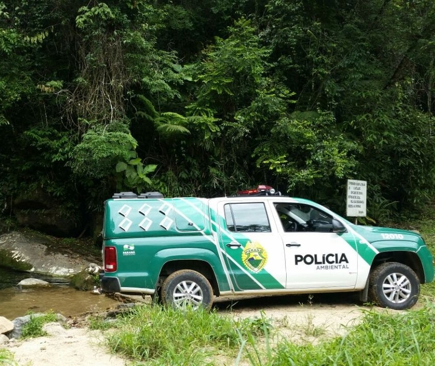 Polícia Ambiental prende dois pescadores e apreende 50kg de peixes
