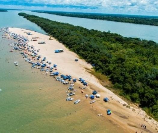 """""""Esperamos os visitantes, mas com ordem"""", diz prefeito de Porto Rico sobre feriado prolongado"""