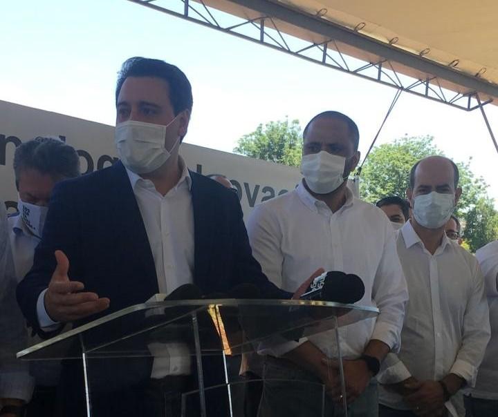 Governador diz que é ruim a politização em torno da vacina contra a Covid-19