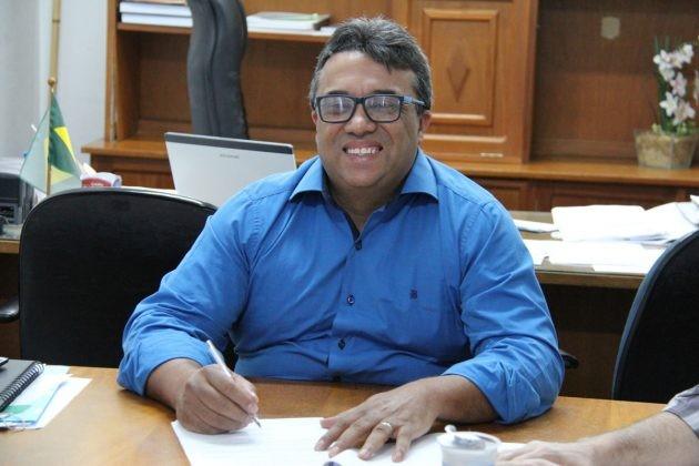 Professor Índio (PSB), prefeito reeleito de Mandaguaçu, quer construir pontes