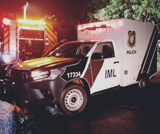 Motorista perde o controle de BMW e morre em acidente em Maringá