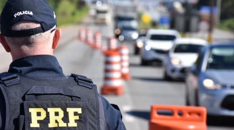 Polícias fazem operação em rodovias durante feriado prolongado
