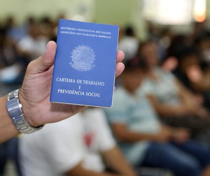 Em novo recorde, Maringá inicia a semana com 645 vagas de emprego