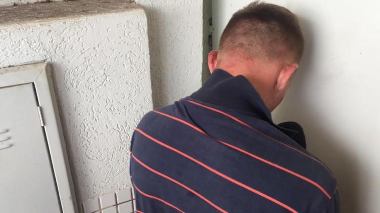 Dois homens são presos por assalto à farmácia