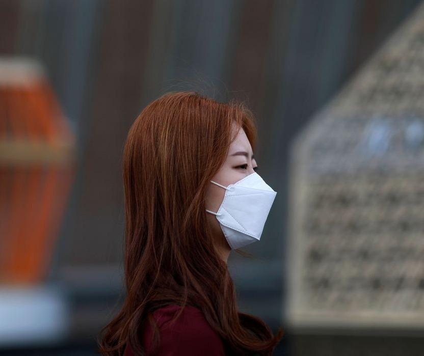 Máscaras feitas por receita de vídeos com materiais rotineiros não funcionam