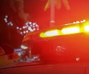 Carro capota e motorista fica ferido na PR-323