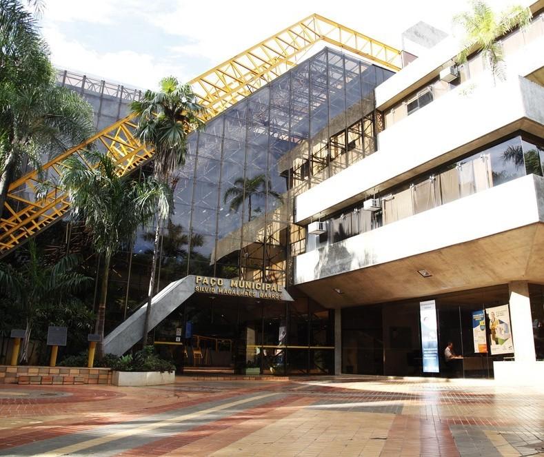 Prefeitura de Maringá estuda pagar bonificação para professores