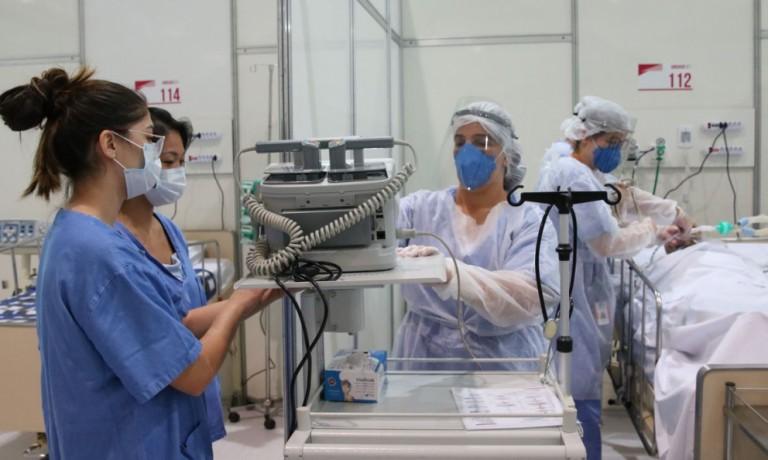 Higiene bucal contribui para a recuperação de pacientes internados na UTI