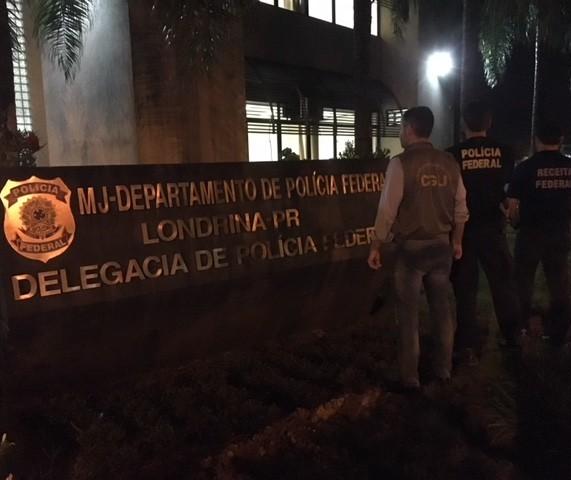 Policiais federais cumprem mandados em Maringá e outras três cidades do estado