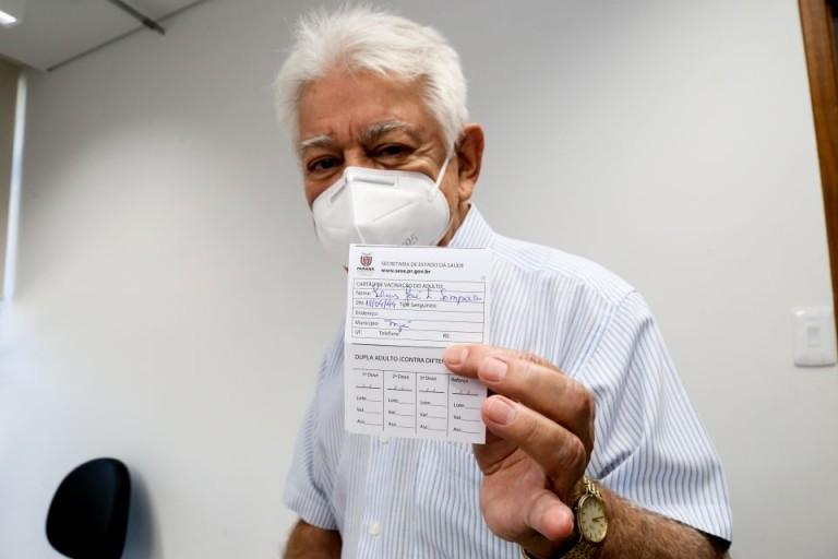 Vacinação nessa terça (11) é para pessoas com comorbidades, gestantes e 60 anos ou mais