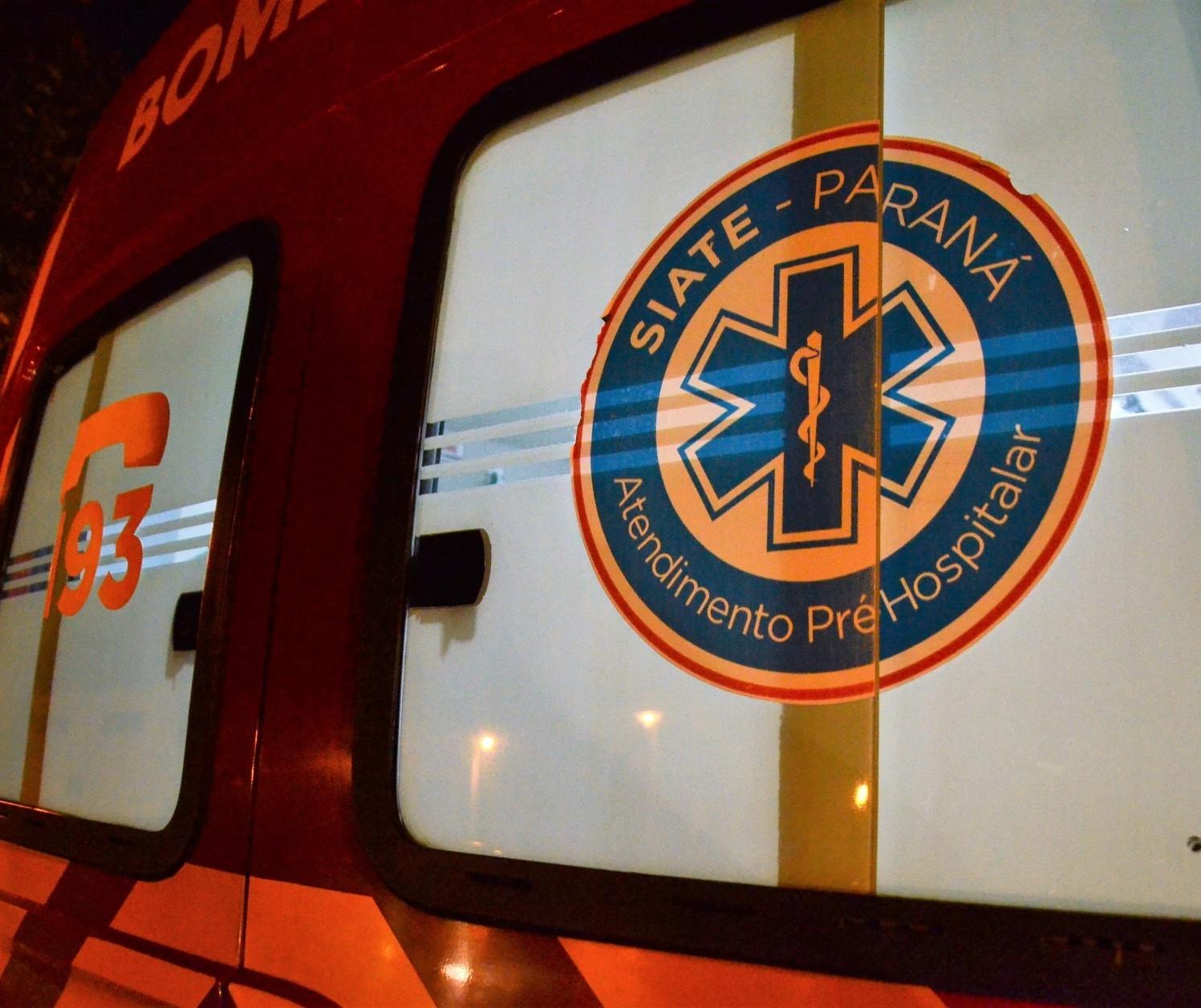 Uma pessoa morre e três ficam feridas em acidente na PR-323