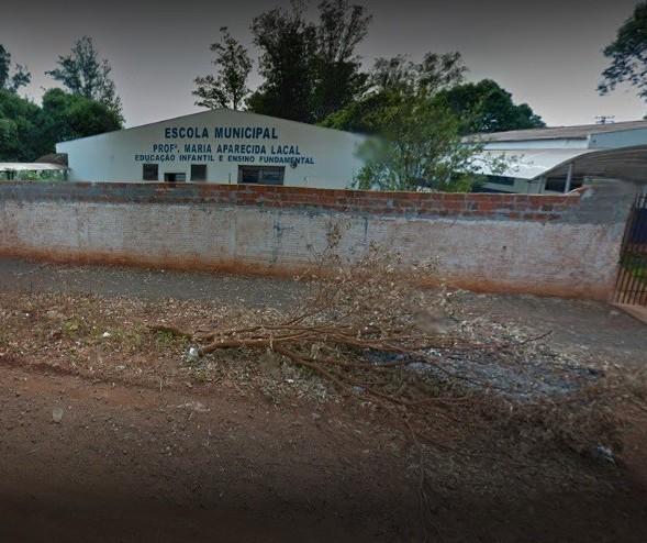 Escola municipal libera aluno de 6 anos para ir embora sozinho