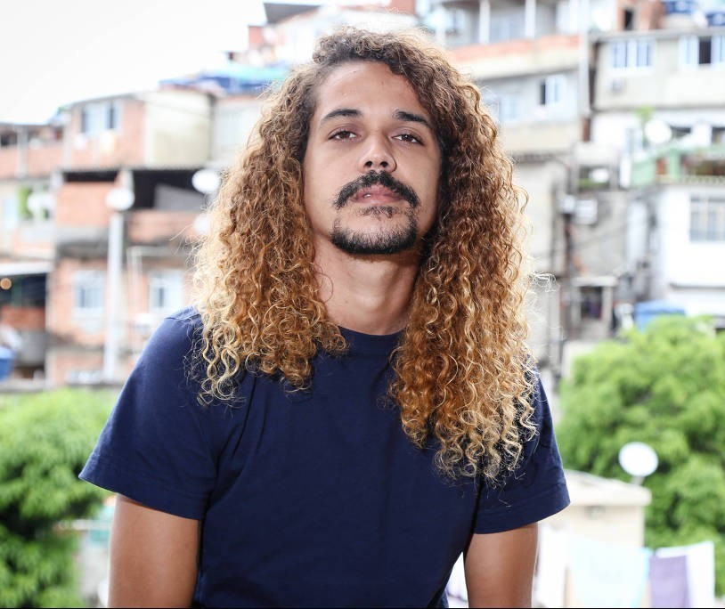 Em 'O sol na cabeça', Geovani Martins mostra a vida na favela