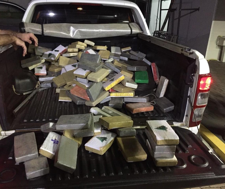 Polícia Federal apreende quase 300 quilos de cocaína