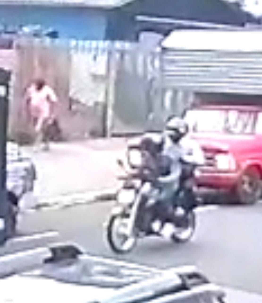 Dupla fugiu em uma moto por avenidas centrais de Maringá – Foto: Divulgação Polícia Civil