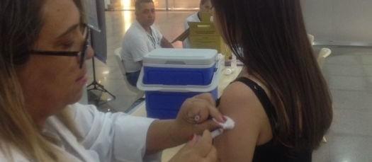 Maringá atinge 88% da meta de vacinação contra gripe
