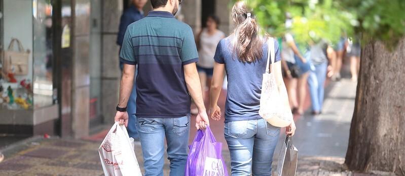 Sivamar reforça pedido para abertura do comércio varejista aos sábados