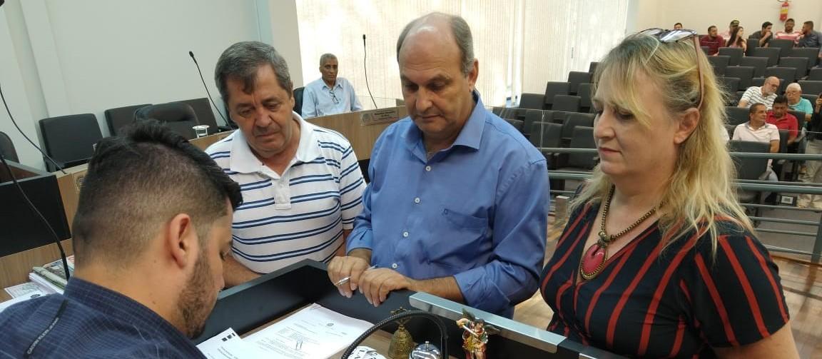 Câmara de Mandaguari escolhe membros da CP que vai analisar denúncia contra prefeito