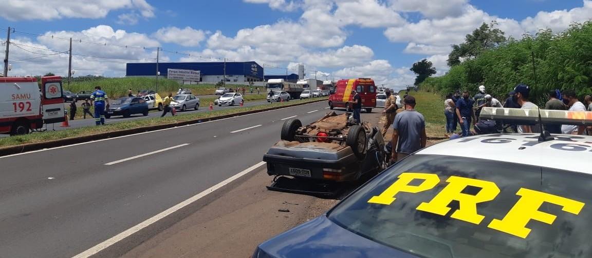 Acidente grave na BR-376, no contorno de Marialva, interdita rodovia