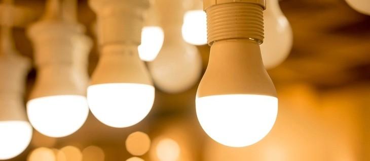 Prefeituras estão estocando lâmpadas e gestores podem ser processados