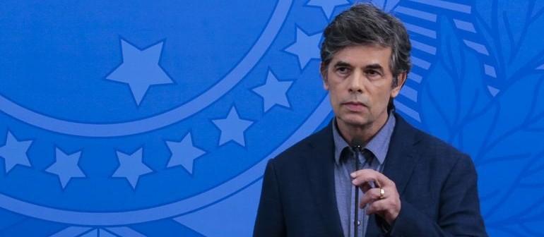 Teich pede demissão do Ministério da Saúde