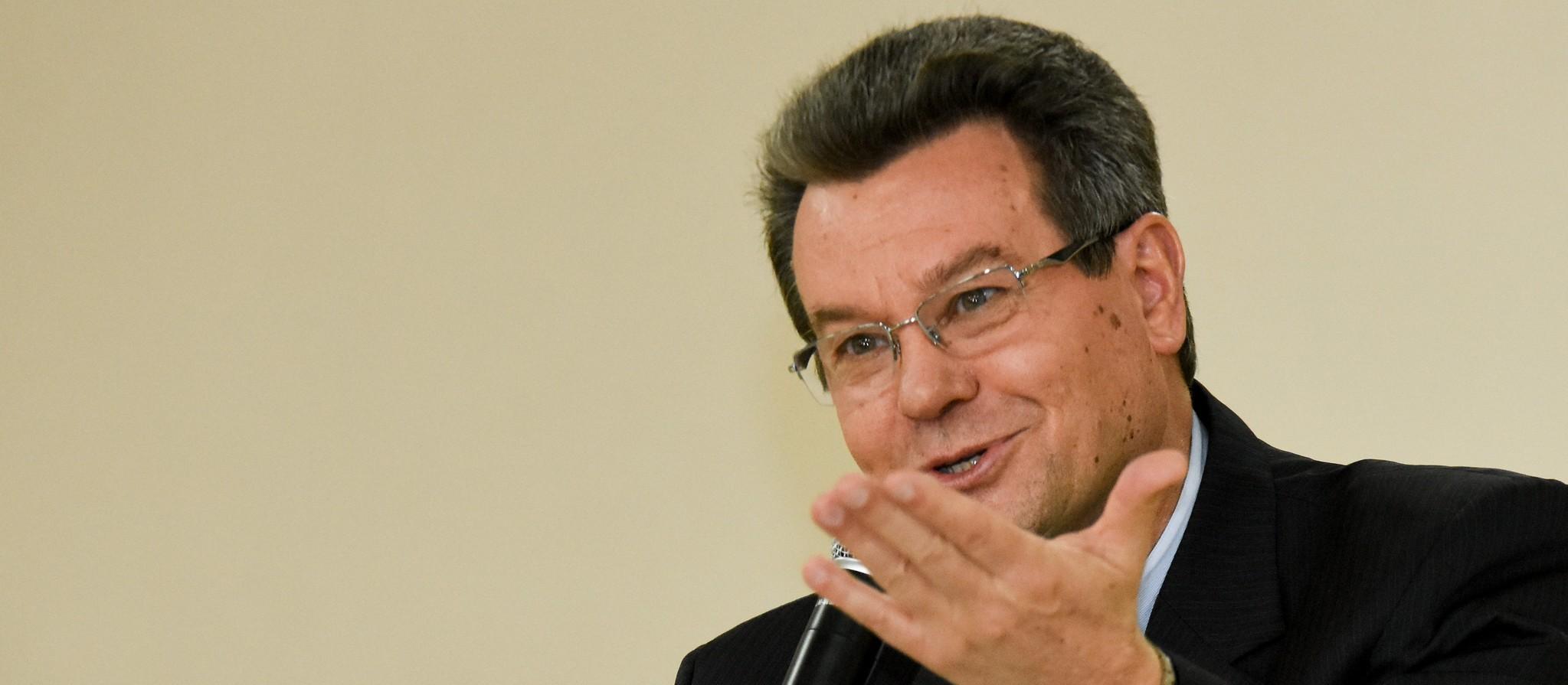 """A igreja precisa deixar o falso moralismo de lado"", diz novo arcebispo"