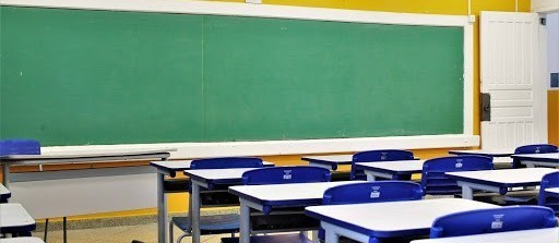 Justiça suspende eleição para diretores de escolas estaduais