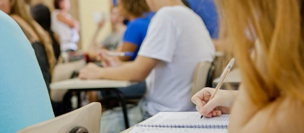 Paralisação de professores pode prejudicar alunos do ensino médio