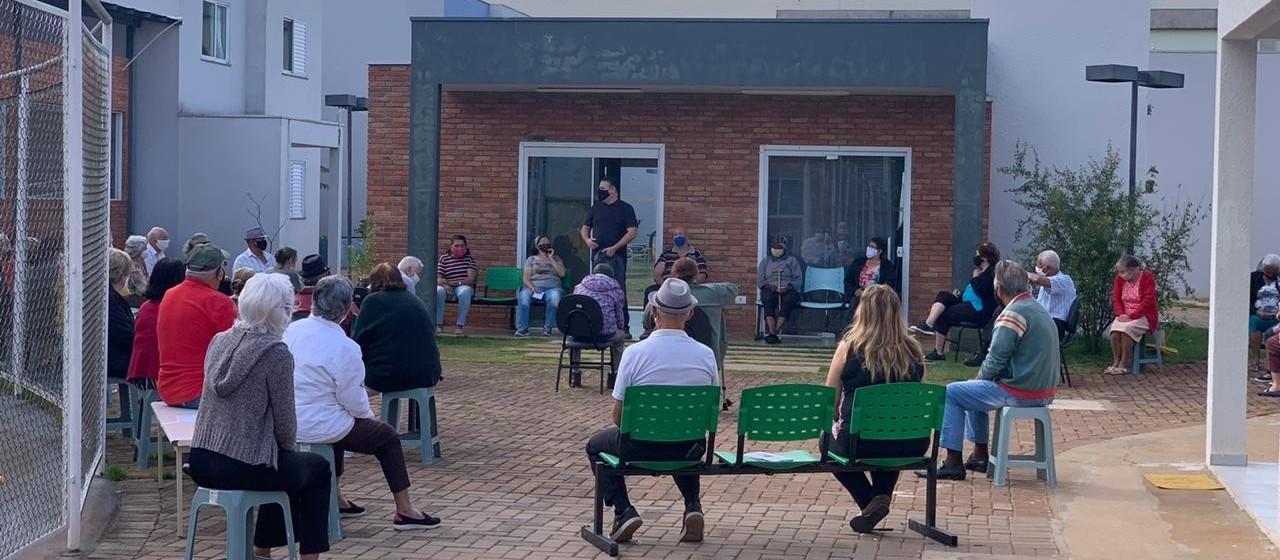 47 idosos do Condomínio do Idoso, em Maringá, fazem testes de Covid-19