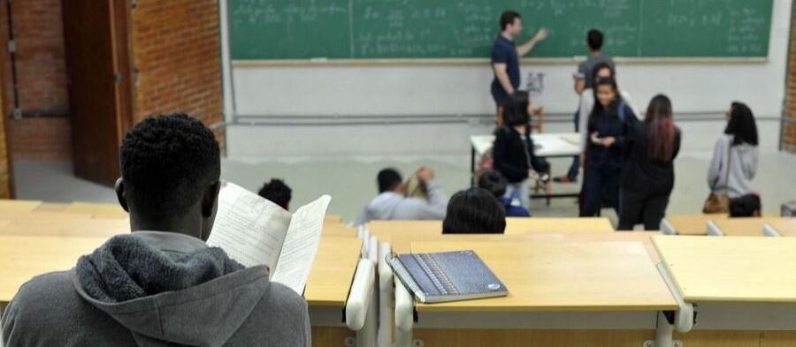 Maringá: Justiça autoriza volta às aulas presenciais extracurriculares em instituições privadas