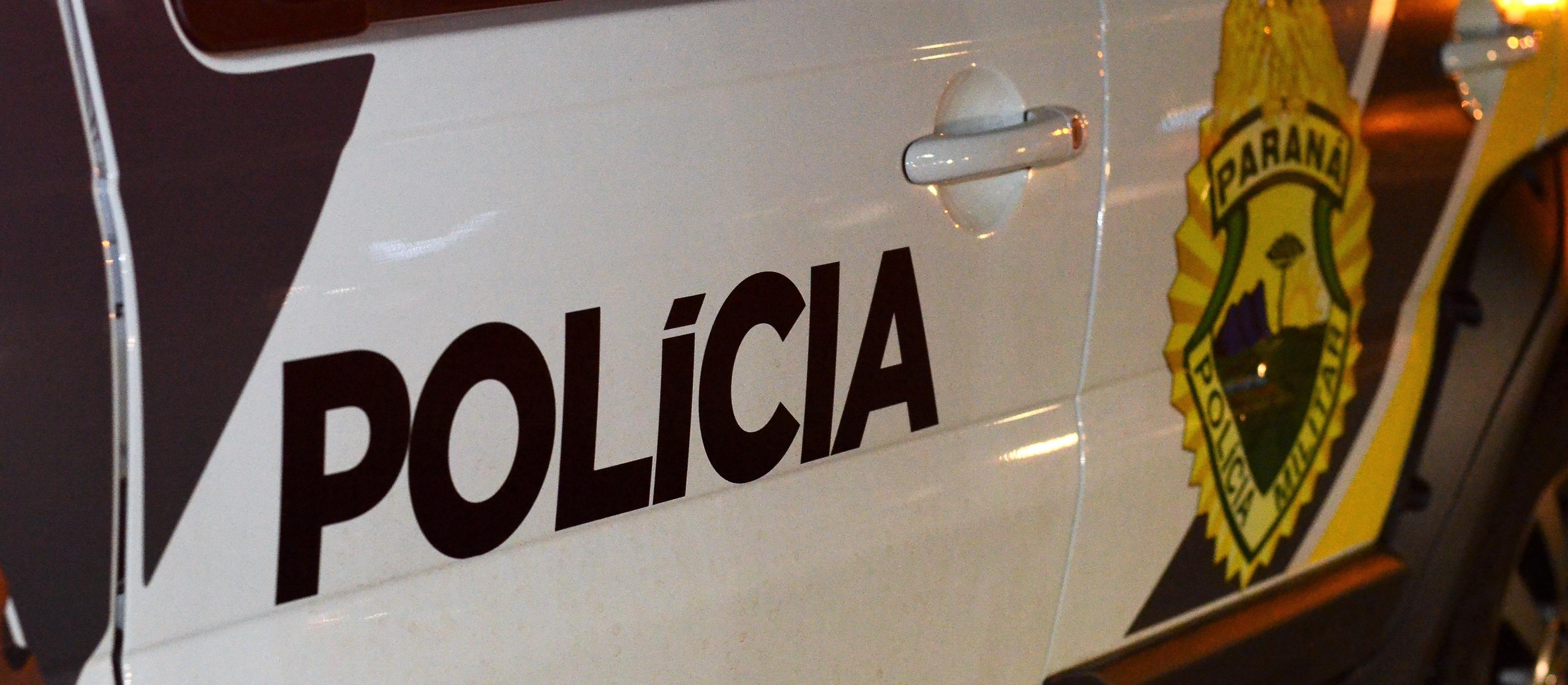 Homem com mandado de prisão por furto é preso em abordagem
