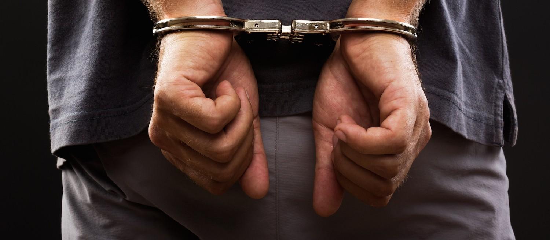 """""""Eu sempre saio da prisão"""", diz rapaz preso por roubo"""