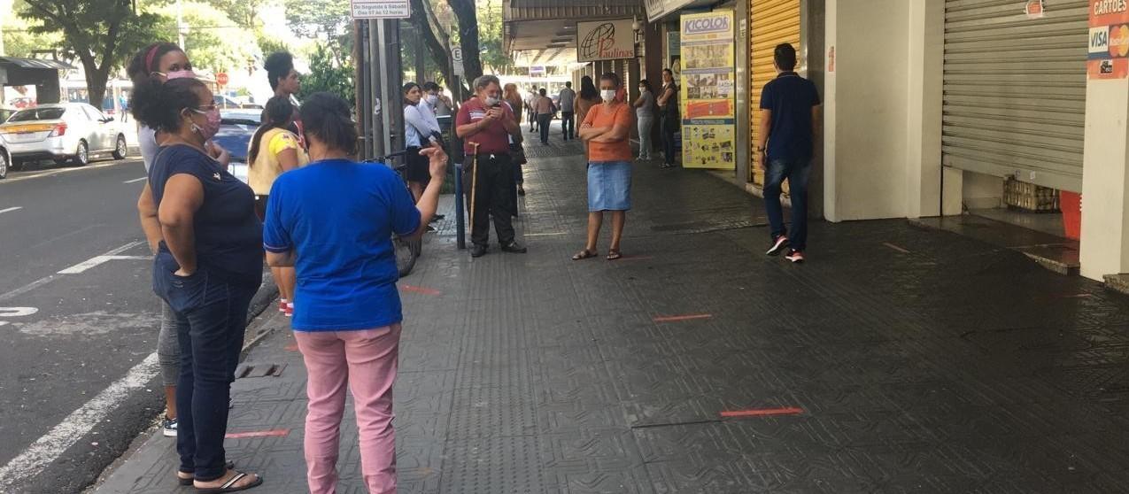 Comércio de Maringá voltará a abrir aos sábados, diz sindicato
