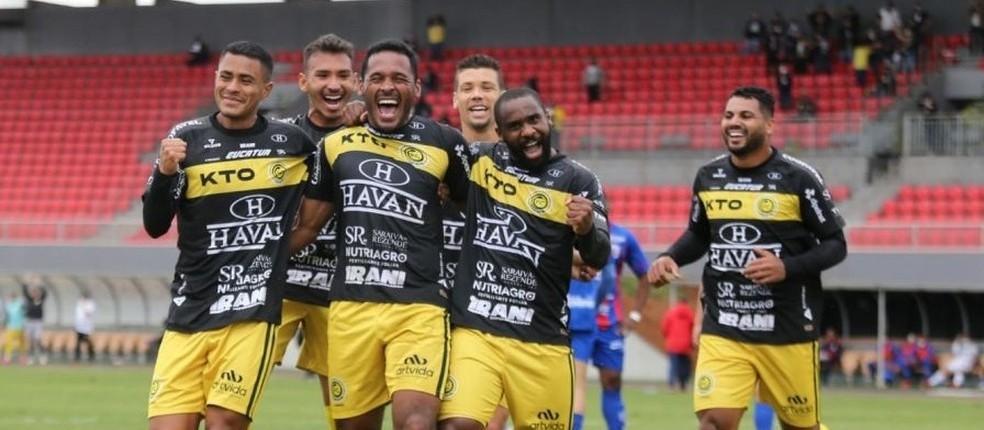 Cascavel FC e Londrina decidem título do Campeonato Paranaense